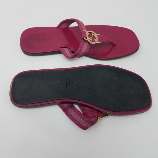 Gucci Leather T-strap Guccissima Gg Hardware Red, Gold, Pink Sandals Image 7