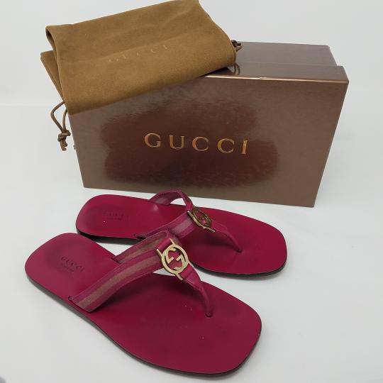 Gucci Leather T-strap Guccissima Gg Hardware Red, Gold, Pink Sandals Image 9