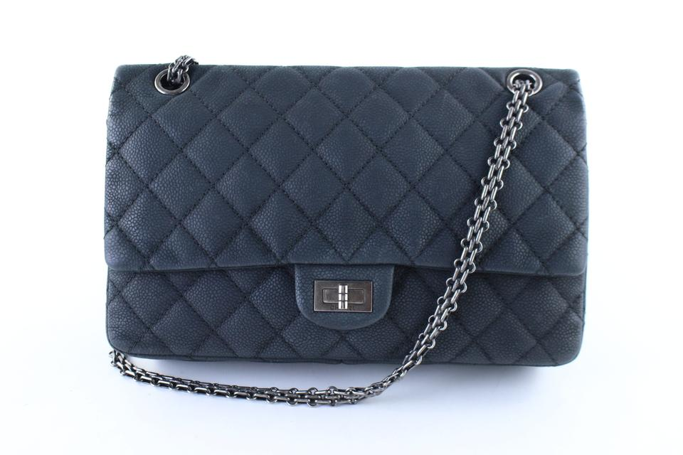 Chanel Flap 2.55 Reissue Quilted Matte Caviar Classic Reissue 225 F6cr0126 Black  Leather Shoulder Bag 7aac34fa030f9