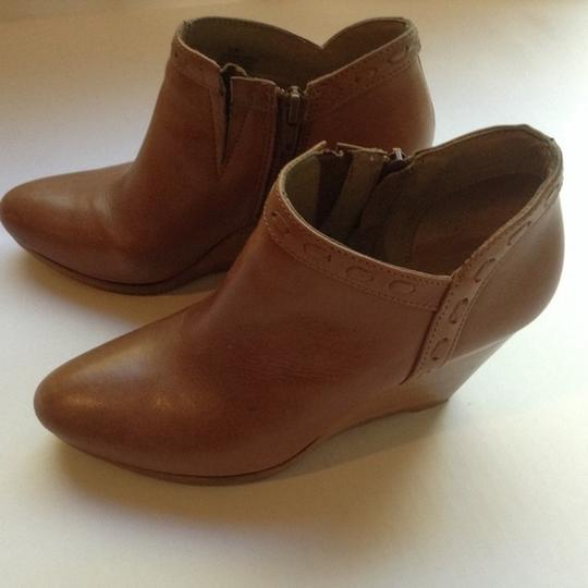 Jack Rogers Wedge Leather Tan Boots Image 1