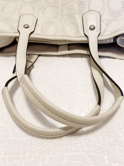 Coach Tote Carryall Shoulder Bag Image 1