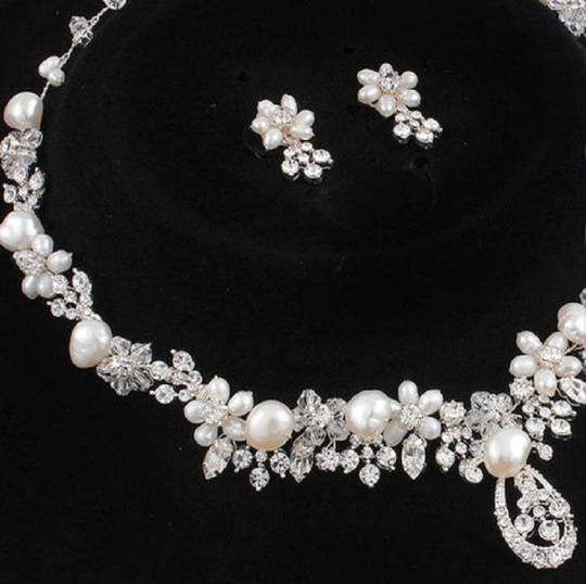 Silver/Rhodium Silver/Rhodium Stunning Marquise Crystal Luxe Statement Necklace Jewelry Set Image 1