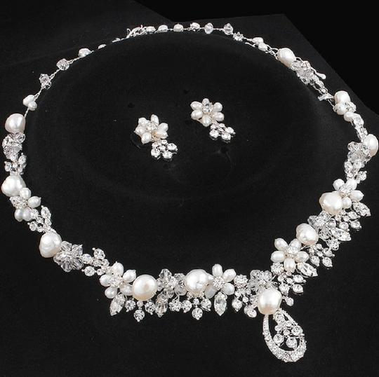 Silver/Rhodium Silver/Rhodium Stunning Marquise Crystal Luxe Statement Necklace Jewelry Set Image 2