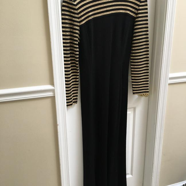 Item - Black and Gold Floor Length Mock Turtleneck Formal Bridesmaid/Mob Dress Size 8 (M)