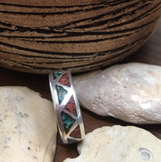 No Brand Turquoise and Coral Inlay Band Ring Image 3