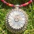 LADY DAISY Indian Sterling silver & mother of pearl daisy necklace Image 2