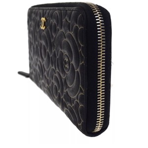 Chanel Chanel Camellia Black Leather Wallet
