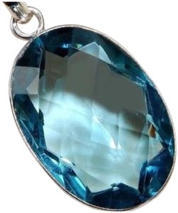 Other New Blue Topaz 925 Silver Oval Pendant