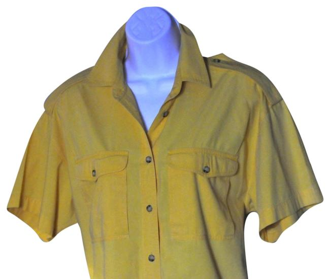 Preload https://img-static.tradesy.com/item/22823795/liz-sport-gold-sleeved-button-front-shirt-pre-owned-blouse-size-10-m-0-1-650-650.jpg