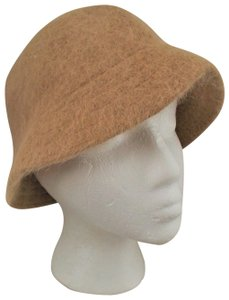 David & Young Angora Stylish Hat, Unique Beige Tone and Appeal, like new