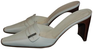 Chanel 03c A20508x01011 Leather 10107 White Mules