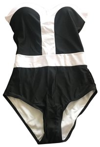 6c2cb56d6d Fancy Girls Bling New retro rockabilly style black-and-white Halter one  piece swim