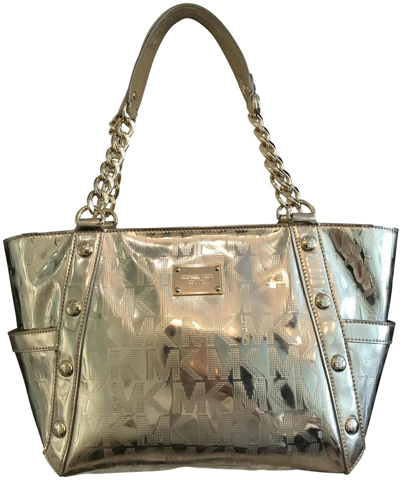Michael Kors Chain Studs East West Patent Leather Zip Top Tote In Pale Gold