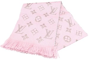 Louis Vuitton Louis Vuitton pink logomania Wool Scarf/Wrap