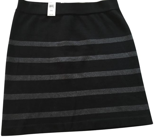 Item - Black Grey A Very Cute and Striped Knit Skirt Size 10 (M, 31)
