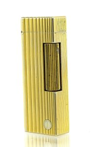 Alfred Dunhill Dunhill Gold Tone Collectible Lighter.