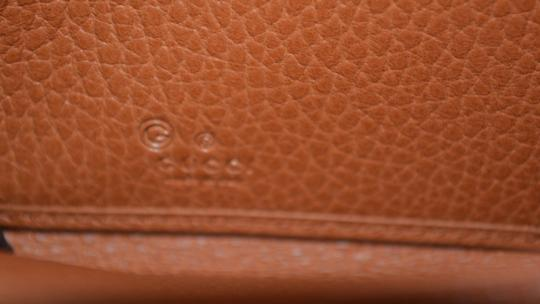 Gucci NIB GUCCI WOMENS LEATHER ZIP AROUND WALLET CLUTCH MADE IN ITALY Image 5