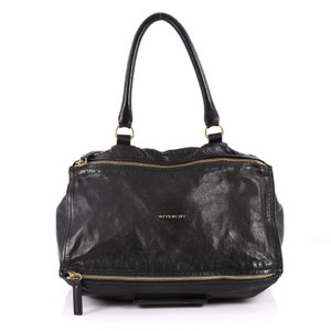 748eda8dc5 Givenchy Bags on Sale - Up to 70% off at Tradesy