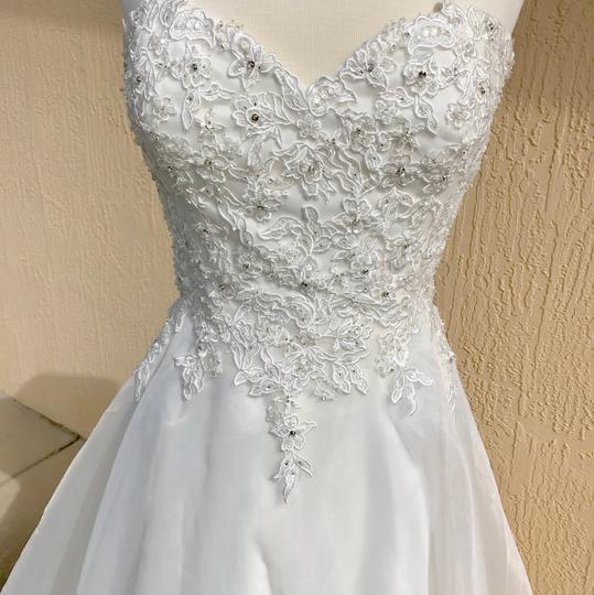 Justin Alexander Ivory Lace and Organza Sweetheart By 6188 Traditional Wedding Dress Size 14 (L) Image 2