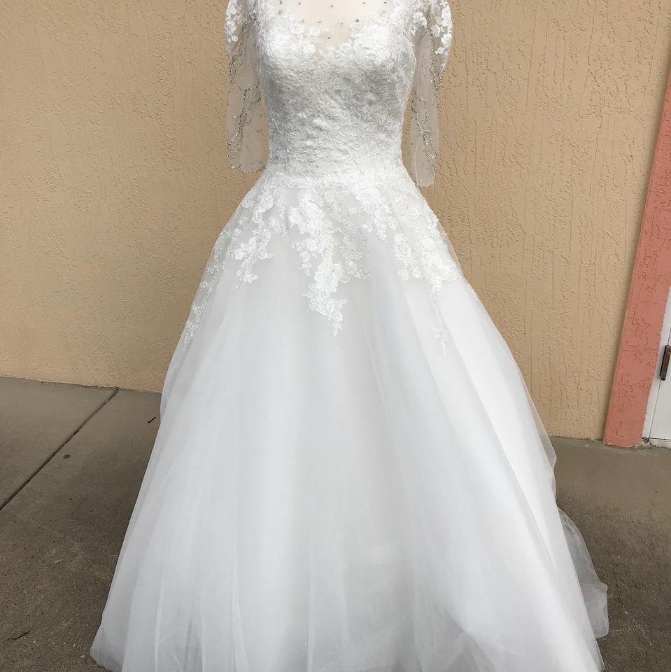 Allure Bridals Ivory Lace 3006 Traditional Wedding Dress Size 8 (M ...