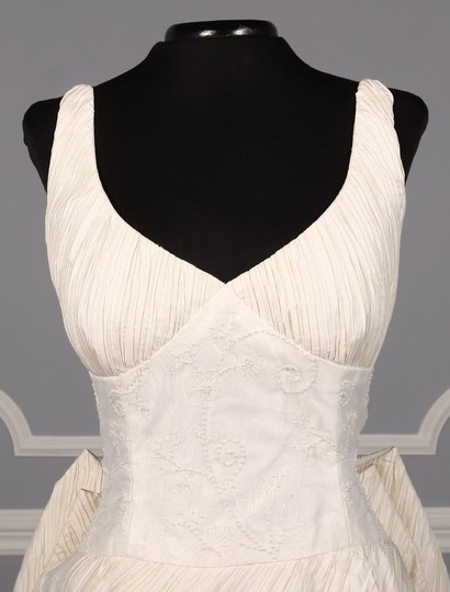 St. Pucchi Ivory Silk Shantung and Embroidered Silk Organza Versailles Z110 Formal Wedding Dress Size 10 (M) Image 1