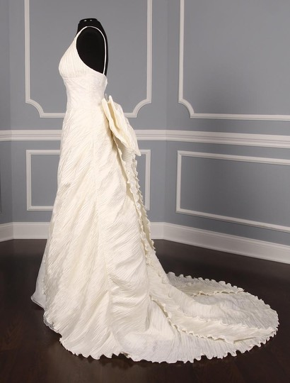 St. Pucchi Ivory Silk Shantung and Embroidered Silk Organza Versailles Z110 Formal Wedding Dress Size 10 (M) Image 4