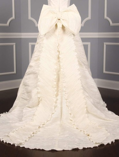 St. Pucchi Ivory Silk Shantung and Embroidered Silk Organza Versailles Z110 Formal Wedding Dress Size 10 (M) Image 9
