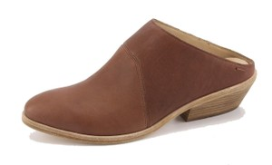 """Eileen Fisher About 2"""" Heel Leather Upper Leather Lining Leather Sole NIB Whiskey Mules"""