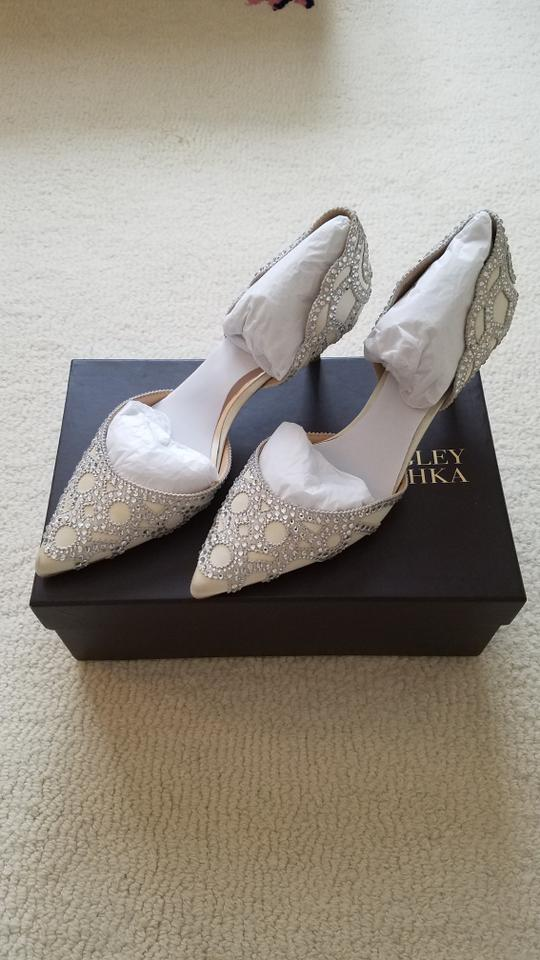 Mischka Embellished Ginny D'orsay Formal Badgley Ivory Satin Pump zwd6I
