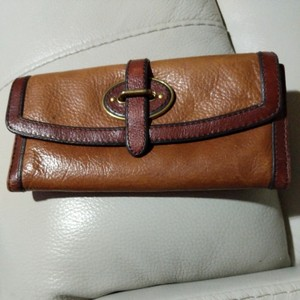 Fossil Wristlet in Brown