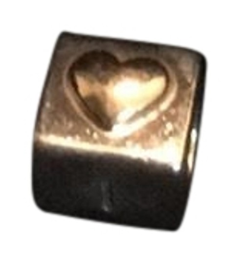 Preload https://img-static.tradesy.com/item/22834597/pandora-gold-and-silver-charm-0-2-540-540.jpg