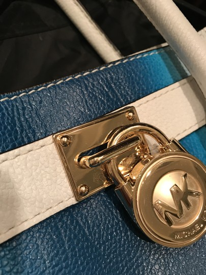 Michael Kors Convertible Purse Satchel Large North South Tote in White and Blue Image 8