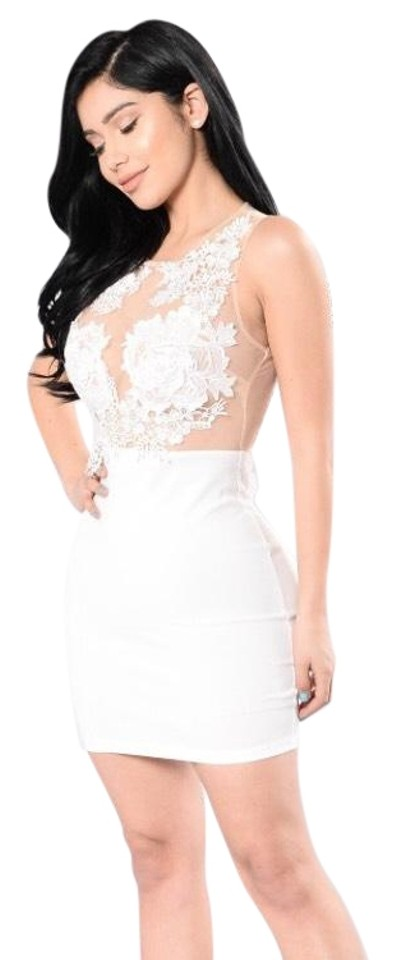 Ivory White Floral Appliqué Short Night Out Dress Size 4 (S) 14% off retail