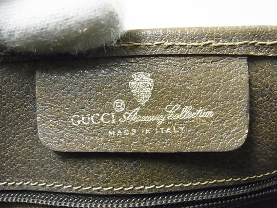Gucci Interior Pockets Great For Everyday Excellent Vintage Tote in leather & large G logo print coated canvas in shades of brown Image 6