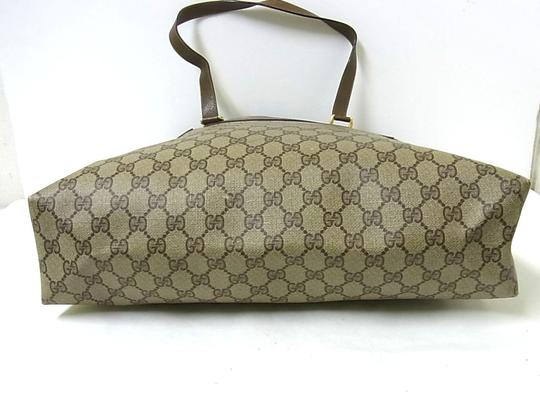 Gucci Interior Pockets Great For Everyday Excellent Vintage Tote in leather & large G logo print coated canvas in shades of brown Image 7