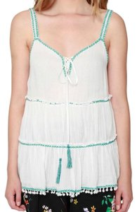 Willow & Clay Flowy Embroidered Embroidered Cool Cool Top White Green