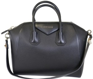 Givenchy Medium Medium Antigona Antigona Antigona Medium Shoulder Bag