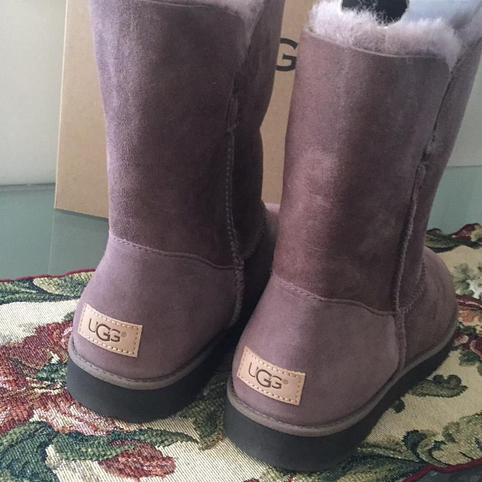 dfcc5d76a2f UGG Australia Stormy Grey Classic Cuff Short Boots/Booties Size US 12  Regular (M, B) 21% off retail