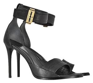 Alexander McQueen Edgy Leather Black Pumps