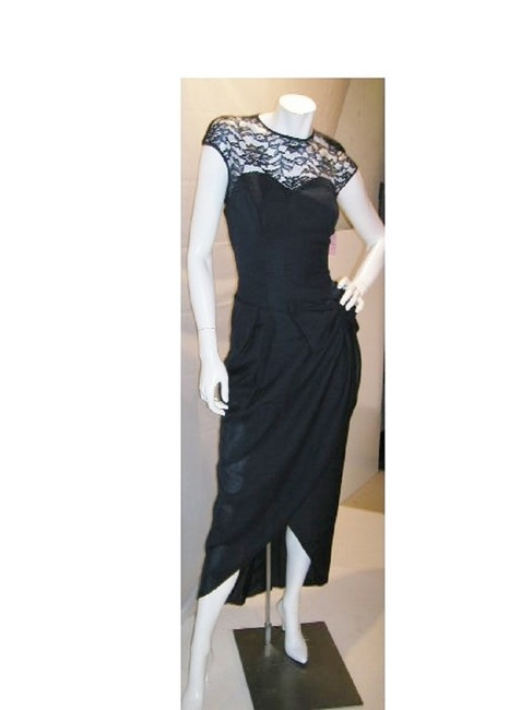 Item - Navy W Lace Back & Moon Sleeve Drop Waist W/Front Wrap Long Night Out Dress Size 12 (L)