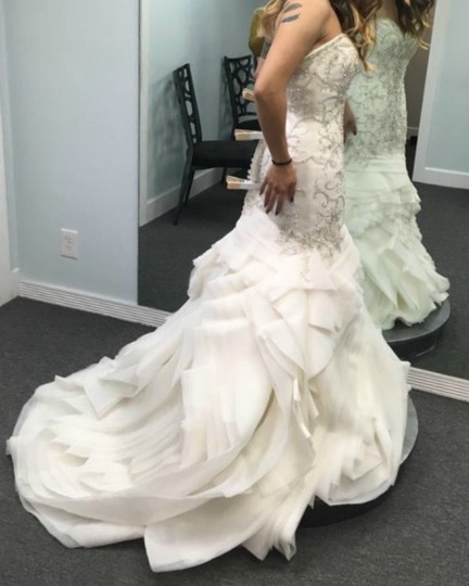 Maggie Sottero Ivory Beaded and Embroidered Bridal Gown Formal Wedding Dress Size 8 (M) Image 2