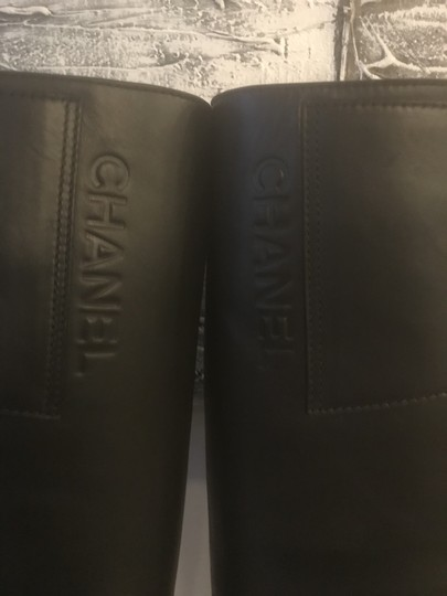 Chanel Cc Chain Quilted Knee High Black Boots Image 10