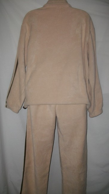 Esport Warm and Cozy Plush Never Worn Fleece Workout Set Image 2