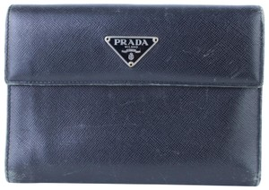 152aad79aa70 Prada Black Clutches - Up to 70% off at Tradesy (Page 3)