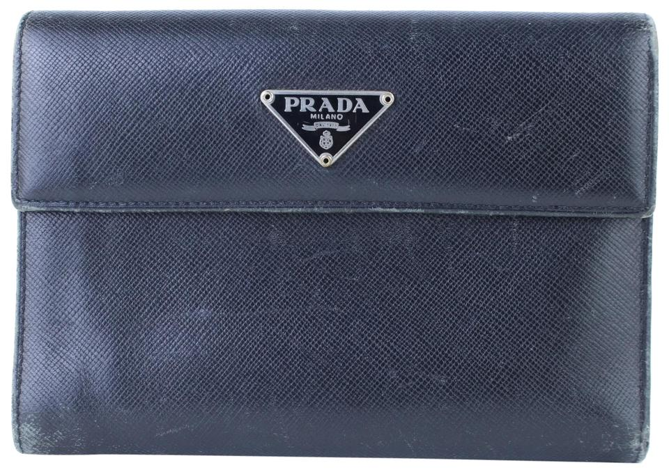 b836543982e2 Prada Clutches on Sale - Up to 70% off at Tradesy (Page 4)