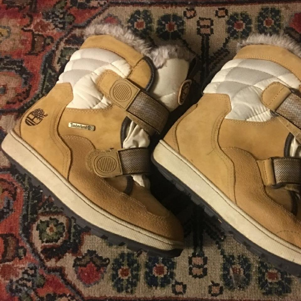 52ebaa0c94 Timberland Childs Thermolite Golden Suede Boots/Booties Size US 5 ...