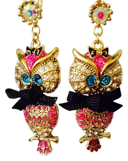 Preload https://img-static.tradesy.com/item/2284297/betsey-johnson-multi-color-nwot-enchanted-forest-owl-drop-earrings-0-0-540-540.jpg