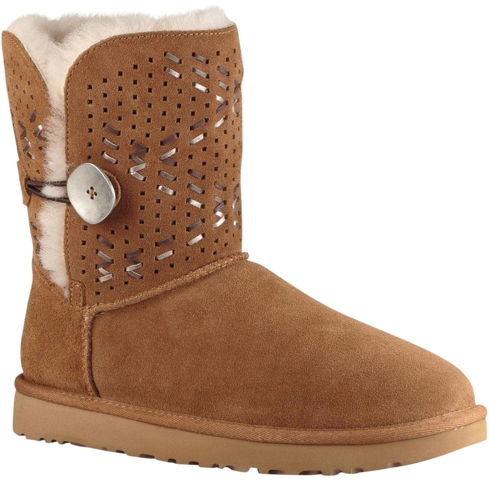 b5727a7cb09 UGG Australia Chestnut Tehuano Bailey Button Suede Sheepskin Boots/Booties  Size US 7 Regular (M, B) 40% off retail
