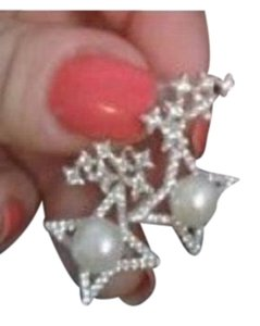 Bloomingdale's apm Monaco sterling silver star pearl 2 way earrings