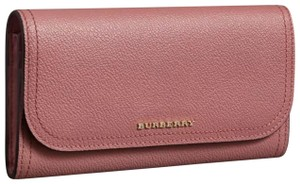 Burberry Burberry grainy leather with separate pouchlet inside.